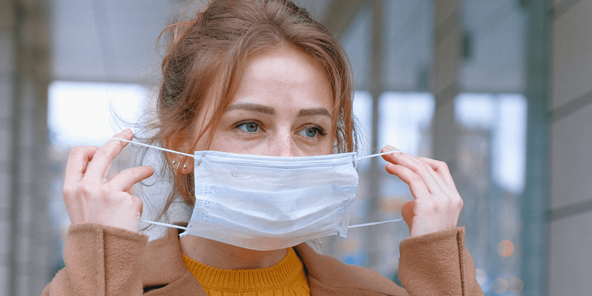 Wear a mask when you have symptoms of the coronavirus